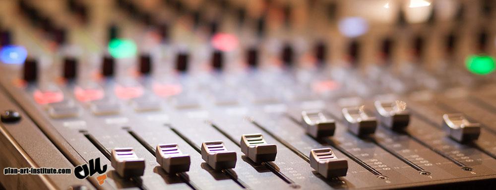 آموزش آنلاین صداگذاری و دوبله در رسالت